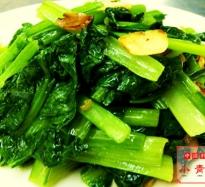 355:季節野菜のニンニク風炒め